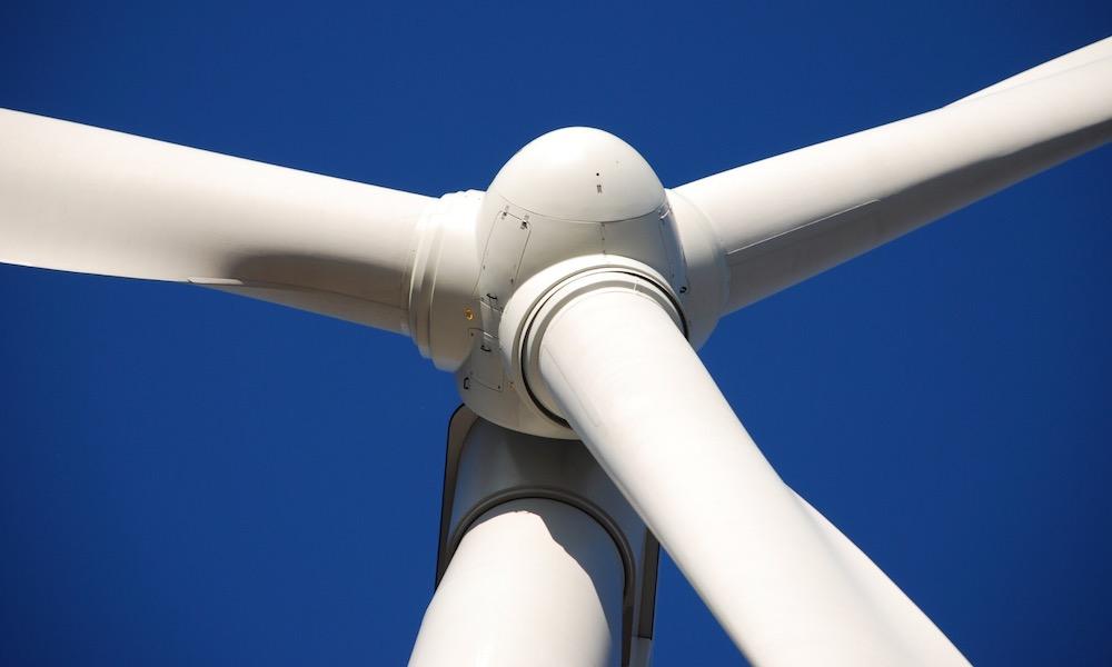 ile prądu produkuje elektrownia wiatrowa, ile prądu produkuje wiatrak